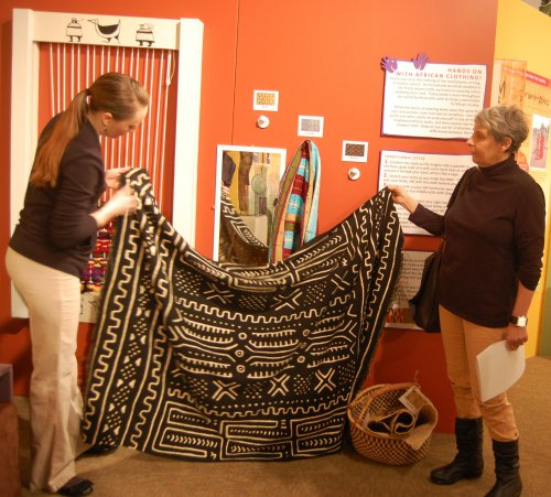 Lynn Koos & Jeni Reeves at Museum Exhibit